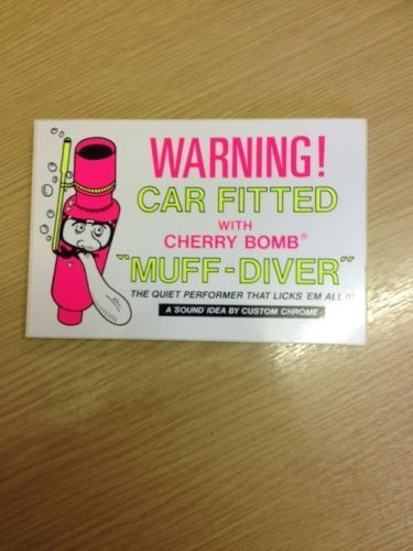 Muffdiver 'retro' sticker